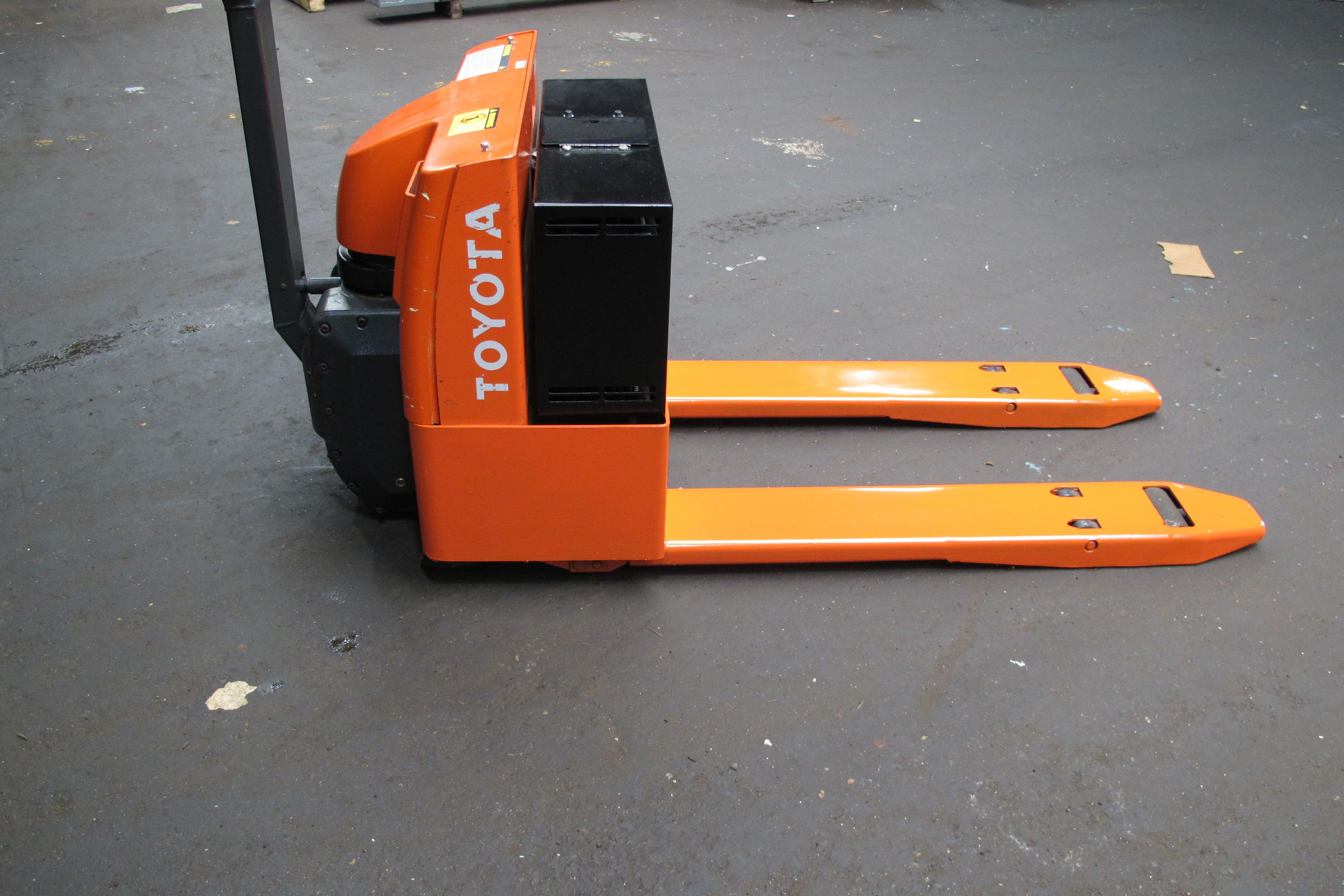 how to fix a pallet jack